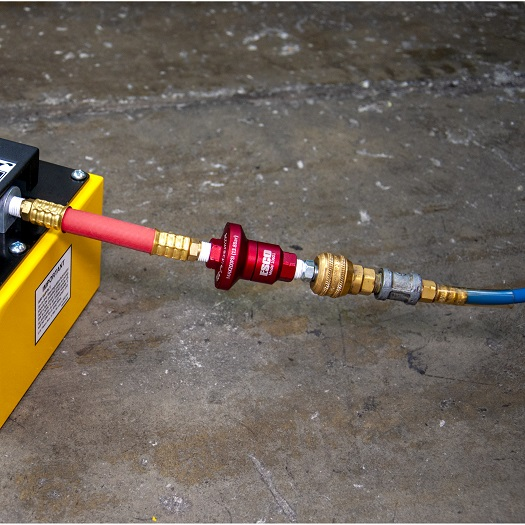 10601_Air-pressure-reducer-in-use-525x525